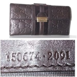 SOLD! Auth Gucci Guccissima Long Leather Wallet